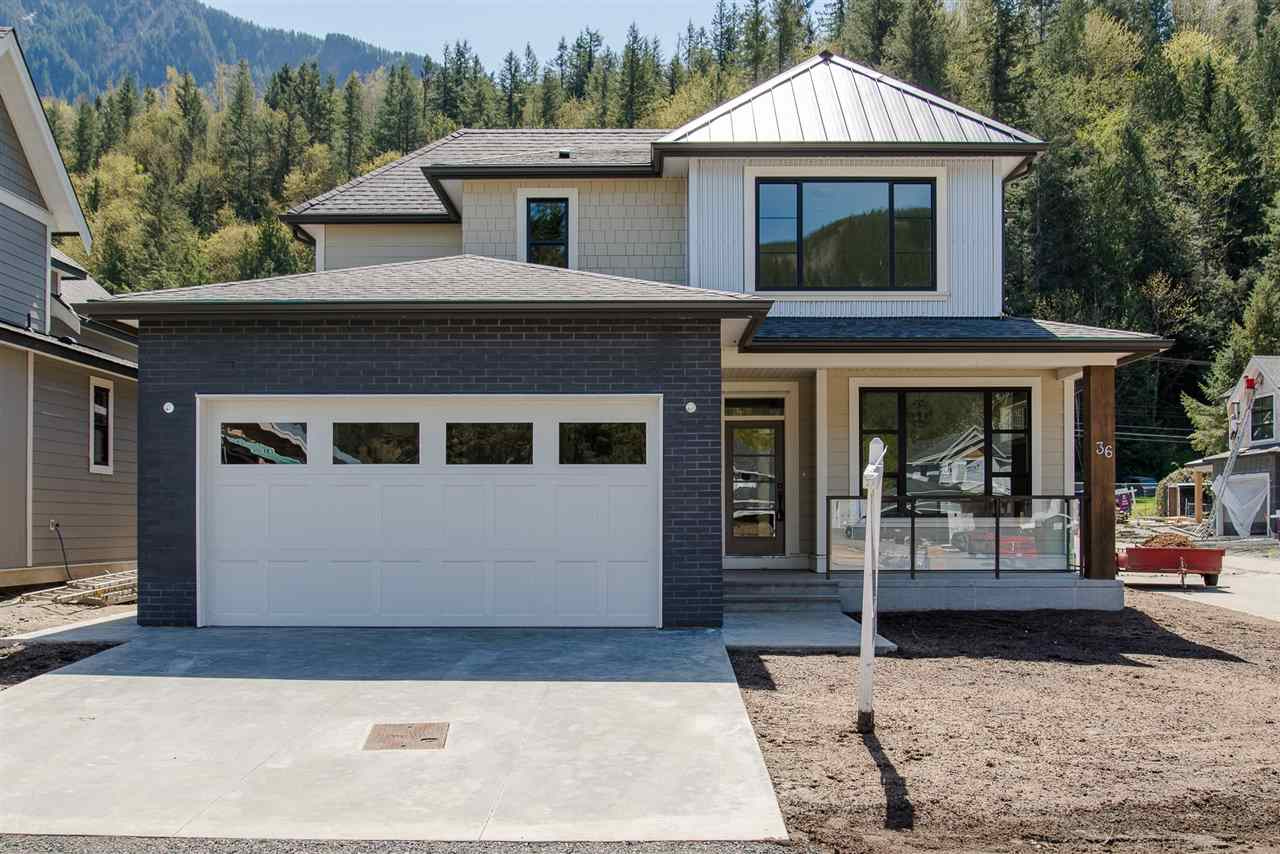 36 1885 COLUMBIA VALLEY ROAD, 3 bed, 3 bath, at $734,900