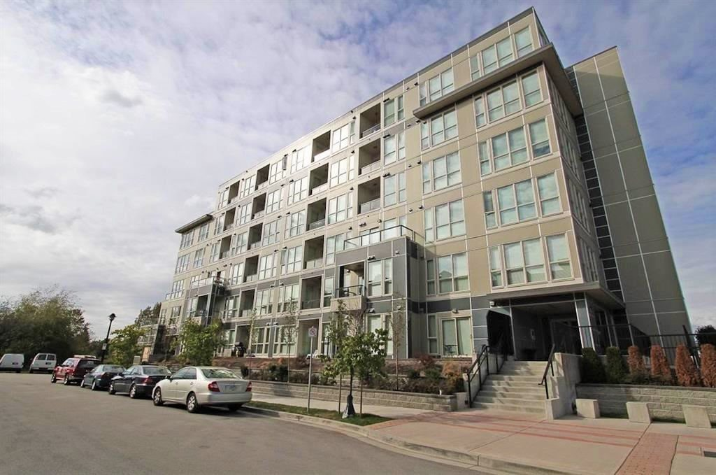 583 4133 STOLBERG STREET, 2 bed, 1 bath, at $579,000