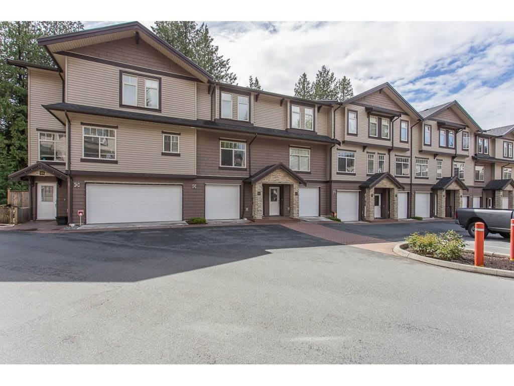 26 2950 LEFEUVRE ROAD, 3 bed, 3 bath, at $529,000