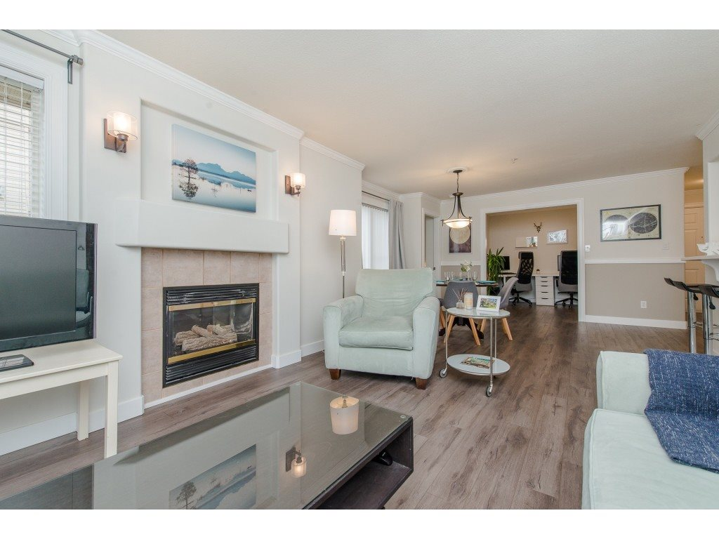 206 2772 CLEARBROOK ROAD, 2 bed, 2 bath, at $359,700